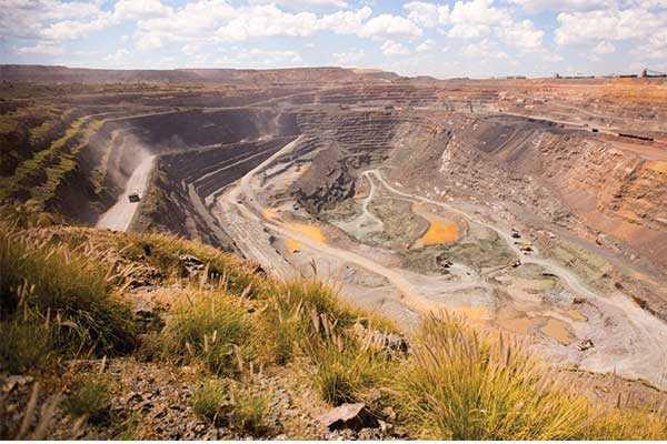 De Beers to increase diamond supply in 2018 amid global supply decrease