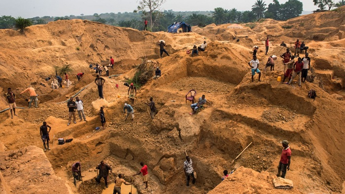 Congolese Diamond Miners Expelled From Angola