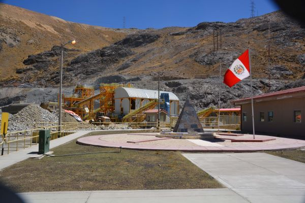 TOMRA Sorting Mining: TOMRA's XRT sensor-based ore sorting technology significantly improves productivity and extends life of San Rafael tin mine