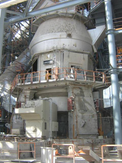 Outstanding order for LOESCHE in their 110th year. At a stroke Sinoma CDI orders 18 LOESCHE vertical roller mills for cement works Beni Suef.